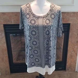 ROSE &OLIVE PRINTED TUNIC TOP NWT 1X GRAY
